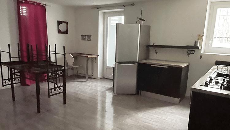 photo d'un appartement propre remis en état à biarritz